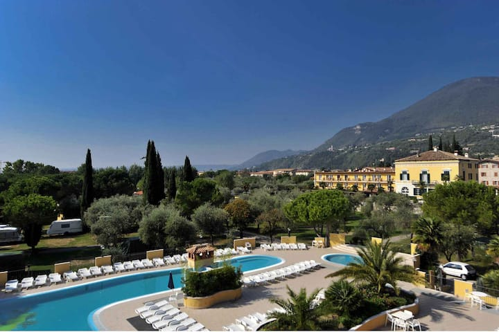 apt for 5 persons in Toscolano Maderno R102316