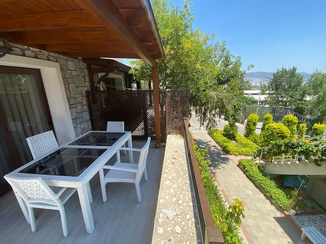 2BR Comfortable House with Garden in Bodrum