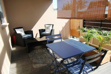 T2 terrasse dans villa dix minutes plages - Ravine des Cabris