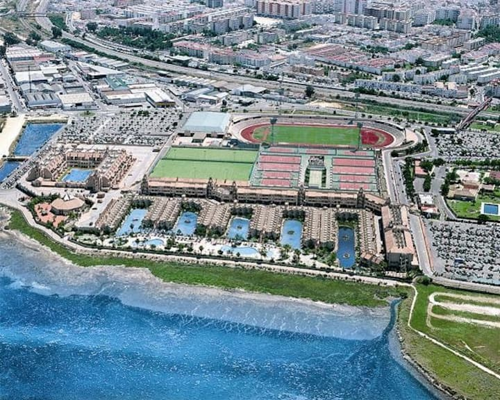 Cádiz, San Fernando, Playa, Piscina Bungalow 104