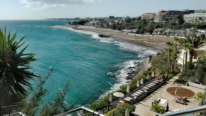 *Sun, beach and peace in San Agustin*