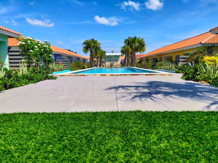 Sunhouse Curacao  |  New, modern design house