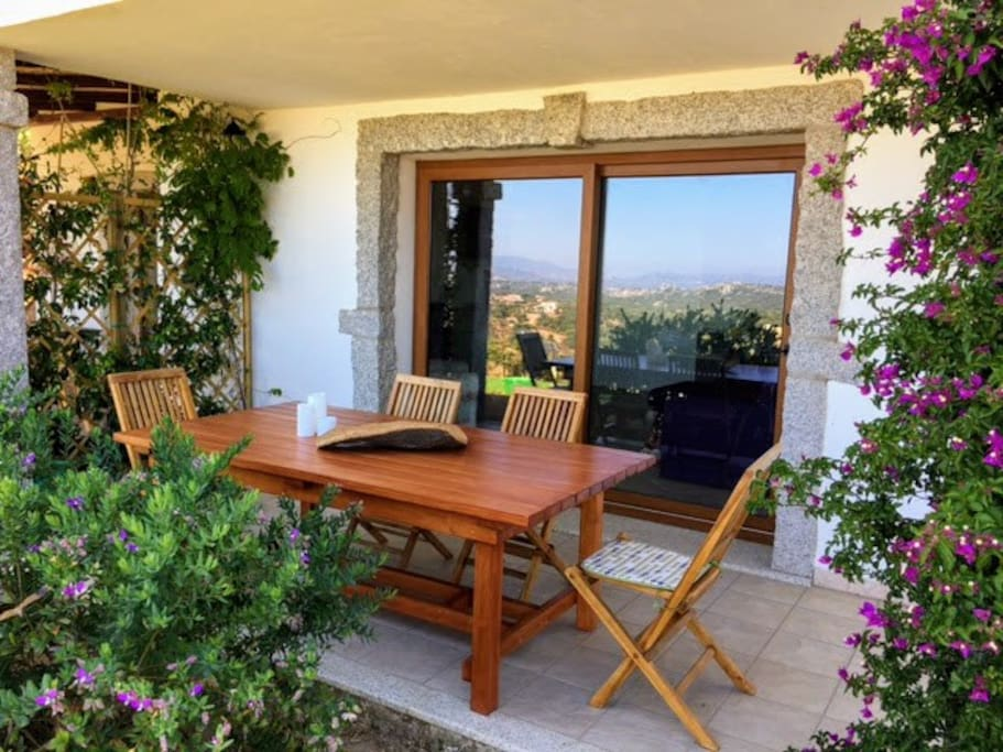 The apartment has its own entrance and has a private panoramic veranda with a unique view of  the hills, the sea and Tavolara Island.