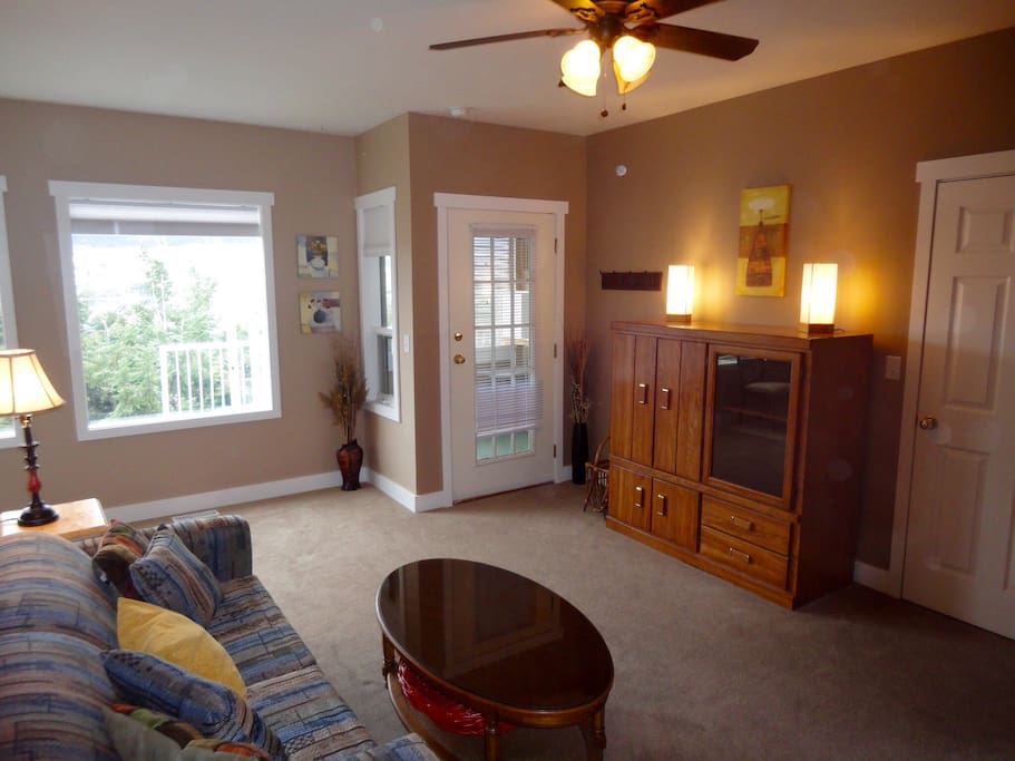 Living space, private entrance, t.v. and view