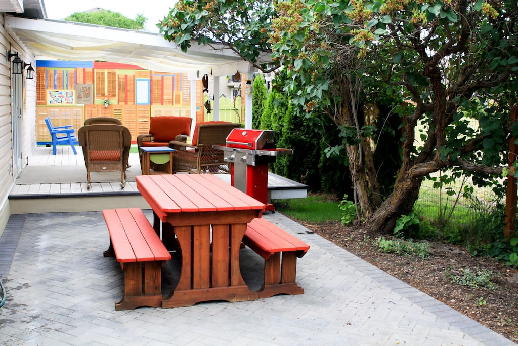 Covered private deck and patio with BBQ