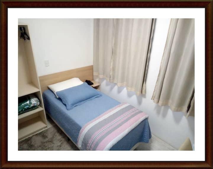 HOTEL ANJOS - DORMITORIO SOLTEIRO