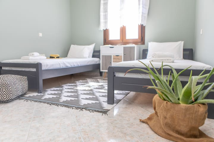 Bedroom with two single beds