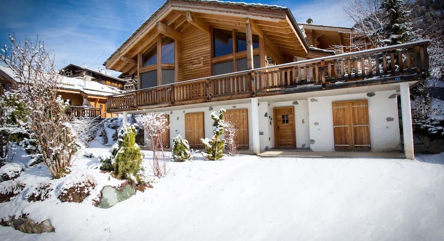 Luxury Ski Chalet, sleeps 8 or 10 - Veysonnaz - Chalet