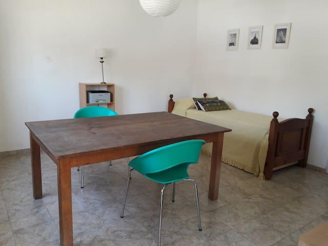 Habitación bien ubicada en Alta Gracia