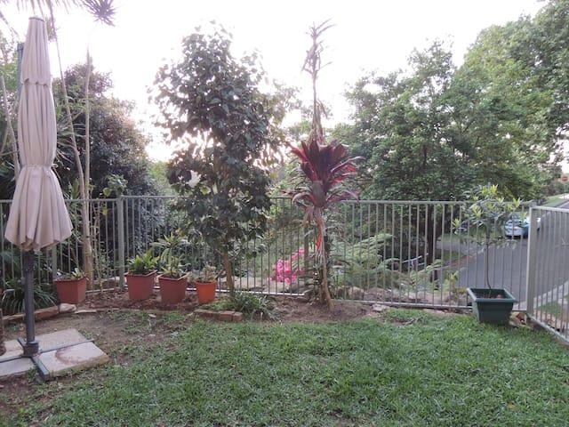 Allambie garden flat - Allambie Heights
