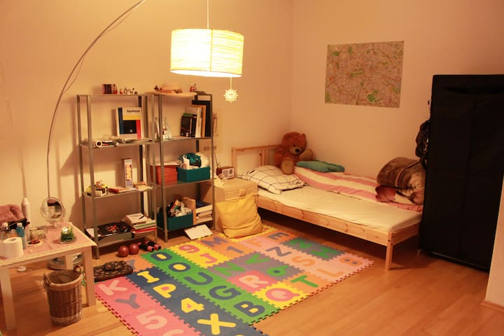 comfortable accommodation in Berlin (only girl) - Berlín - Pis