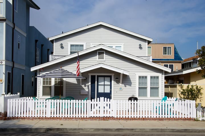 Classic Beach Bungalow - Newport Beach - Casa