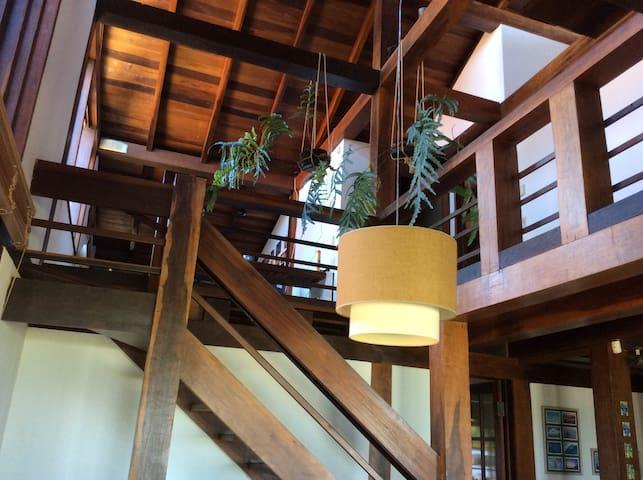 Escada para o andar superior