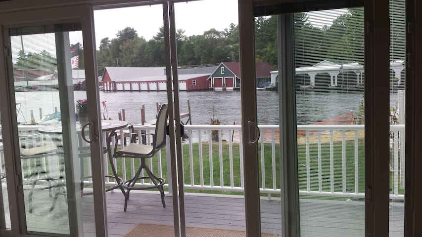 Weirs Beach Lakefront Cottage - Laconia - Wohnung