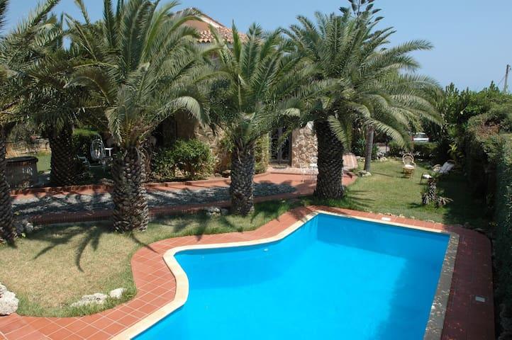 Villa con piscina vista mare ville in affitto a siracusa - Villa con piscina sicilia ...