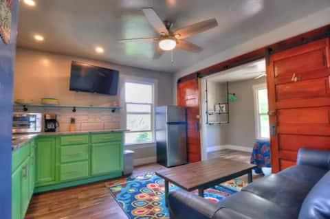Modern & cozy! Downtown Fruita PBR Apartment
