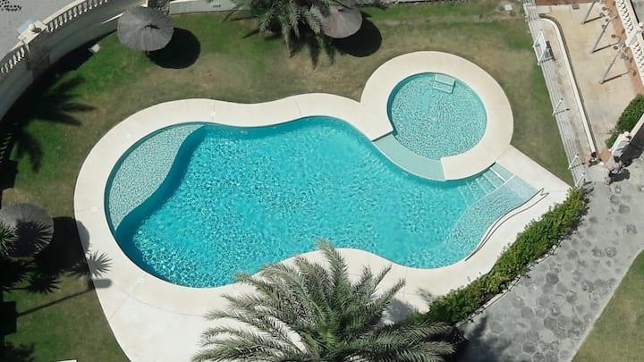 Piso muy acogedor con perfecta ubicacion y piscina