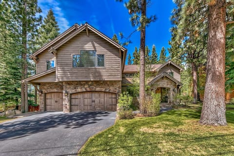 NEW!!! Highend 5BR, 4BA w/ hot tub near Heavenly