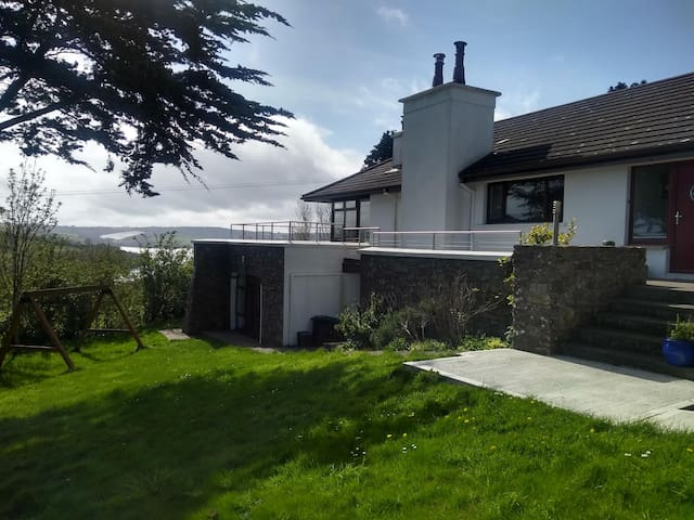 Cosy apartment in scenic location near Kinsale