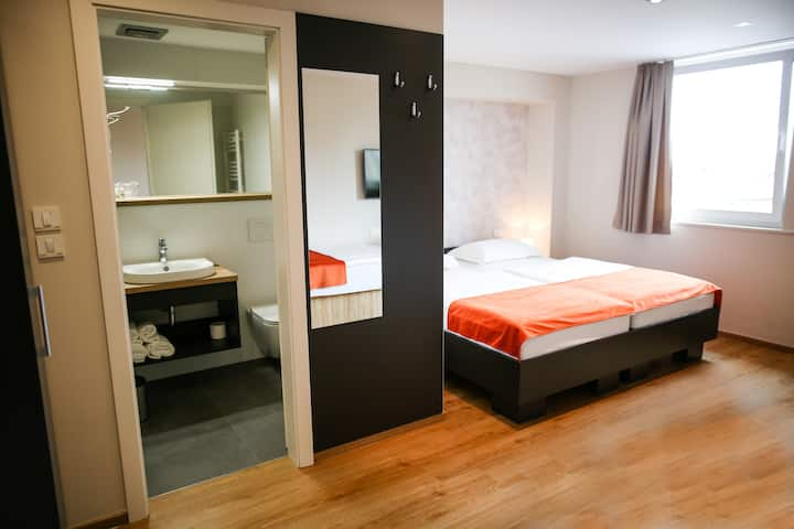 Ambient hotel, Slovenia: quadruple/family room