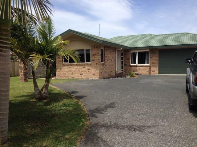 Modern Family Home Minutes To Ngunguru Estuary! - Ngunguru