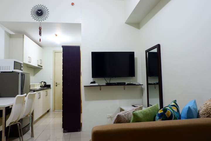Cozy Studio Unit at Jazz Residences Bel Air Makati