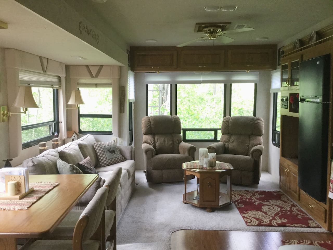 Spacious Living area with beautiful views of the woods