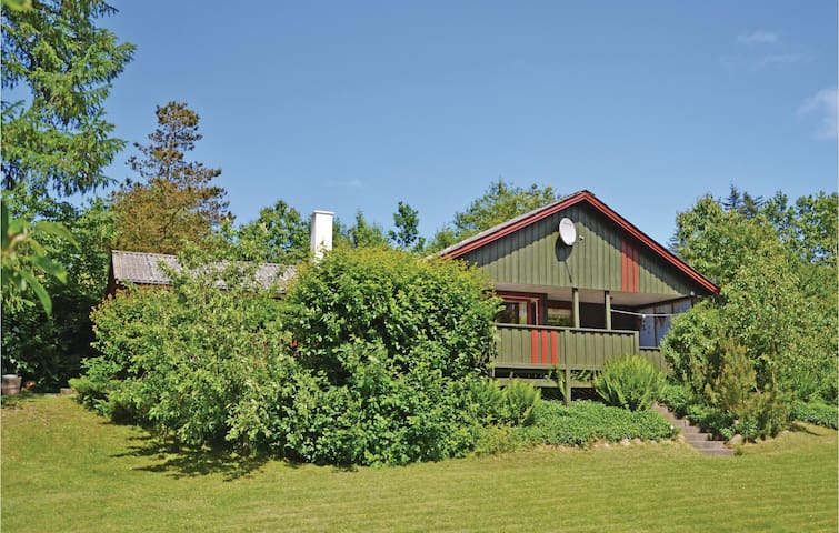 Holiday cottage with 3 bedrooms on 80m² in Farsø
