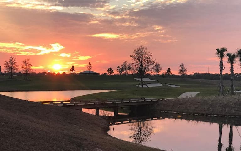 Lakewood National resort style Condo/Golf Club