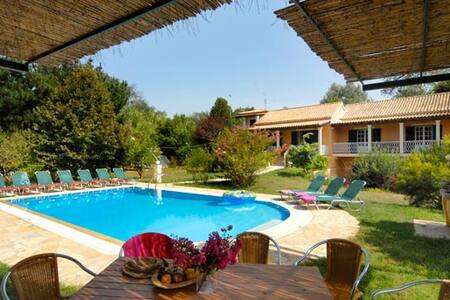 Villa Leda , Corfu - Sidari - Дом
