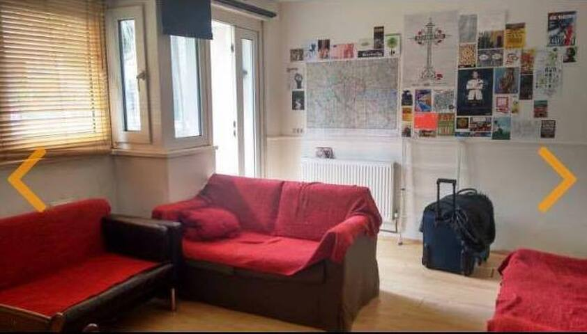 Spacious double room in BrickLane - London - Hus