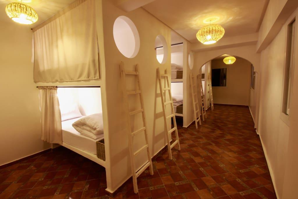 Waveland Room