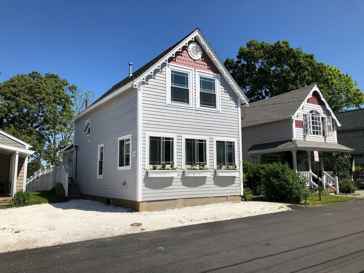 The Summer Wind is located on 14-B Ocean Avenue. Walking distance to everything vacation. Private parking shown at front and side of house.