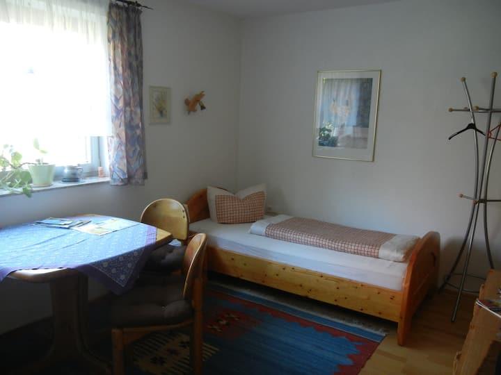 Zimmer mit eigenem Bad - sehr nah zur Insel