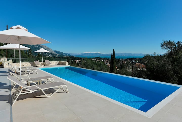 """""""The Corfu Cocoon""""  Private villa Apt 1"""