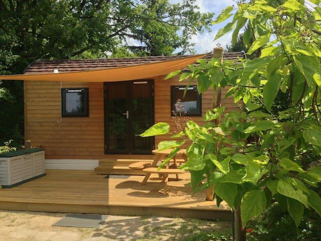 Woodlodge, 4 slaapplaatsen, keukenhoek en sanitair