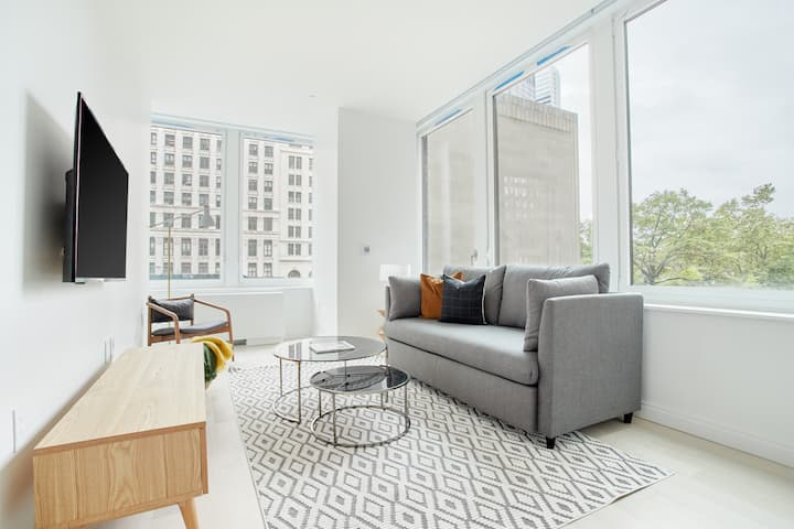 Sonder at Battery Park | Spacious 2BR | Discounted Rates