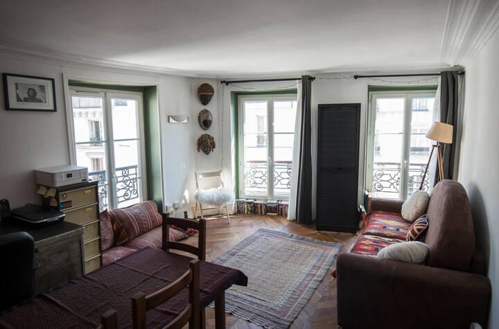 Montmartre Bubble-Luminous studio near Sacré Cœur