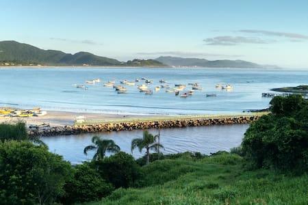 Casa Praia da Armação Florianópolis - Florianopolis - Ev