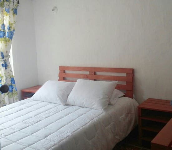 NEAR TO TOWN BED & BREAKFAST - Sopó - Bed & Breakfast