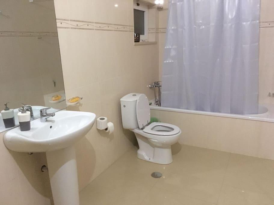 Casa de Banho Compartilhado