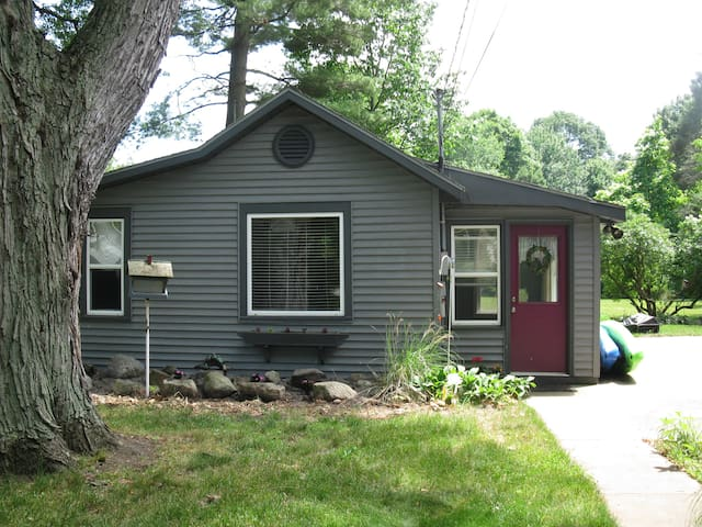 Cottage exterior, walkway