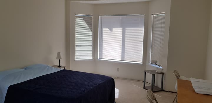 Quiet and Serene Master Bedroom in Milpitas