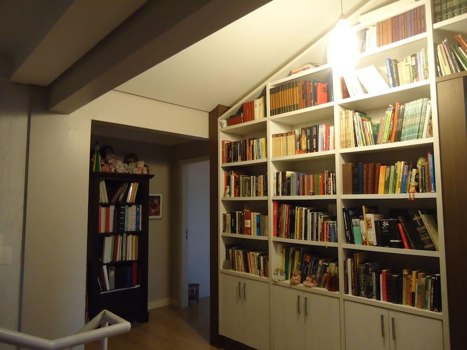 Library Biblioteca