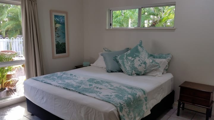 Tropical 2 Bedroom Villa - Private Pool & WIFI