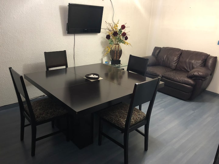 Amplio y cómodo apartamento, 5 huéspedes