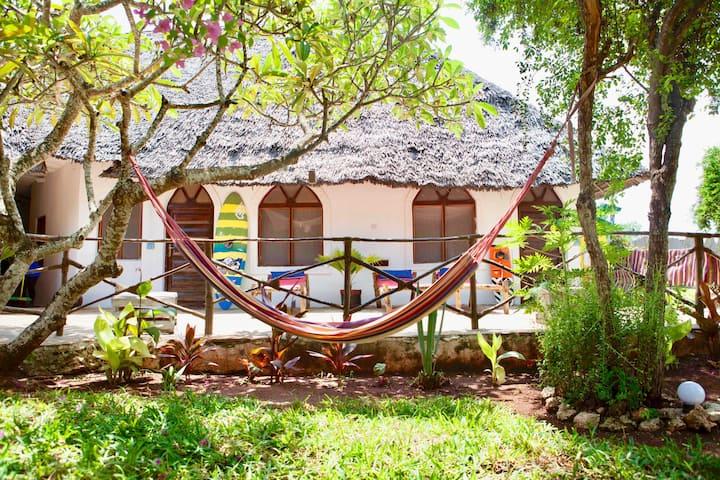 Surfescape Village Zanzibar - Ocean view bungalow