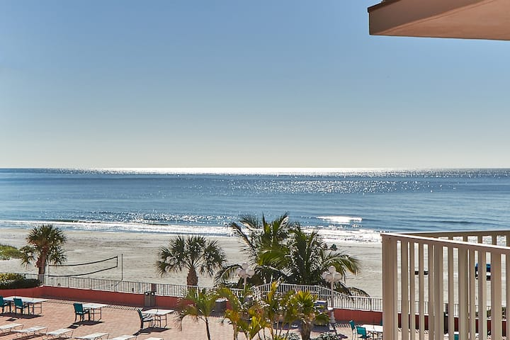 Beautiful gulf views in newly remodeled 2/2 unit (BP301)