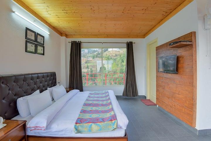 LivingStone-Eco Resort | Super Deluxe Room | Chail