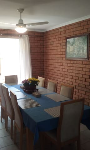 Southern Star Short Stay - Waggrakine - Huis